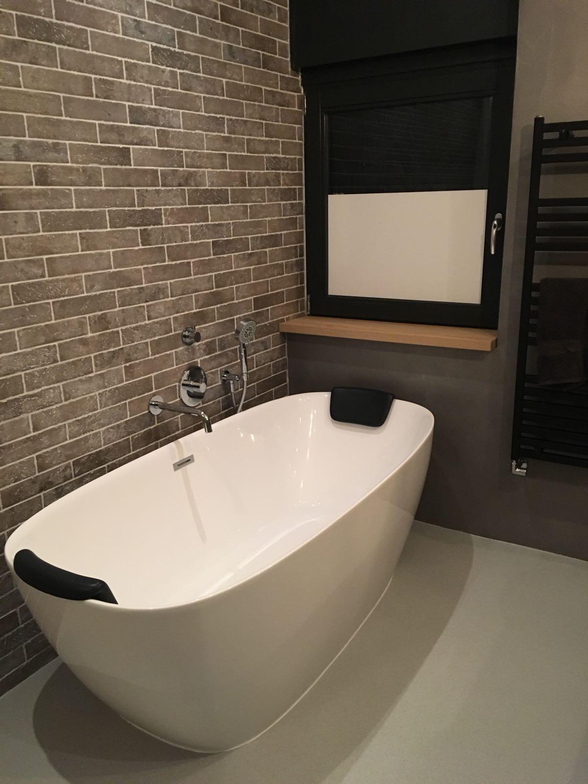 badkamer renovatie met beton cir bulder klusbedrijf. Black Bedroom Furniture Sets. Home Design Ideas