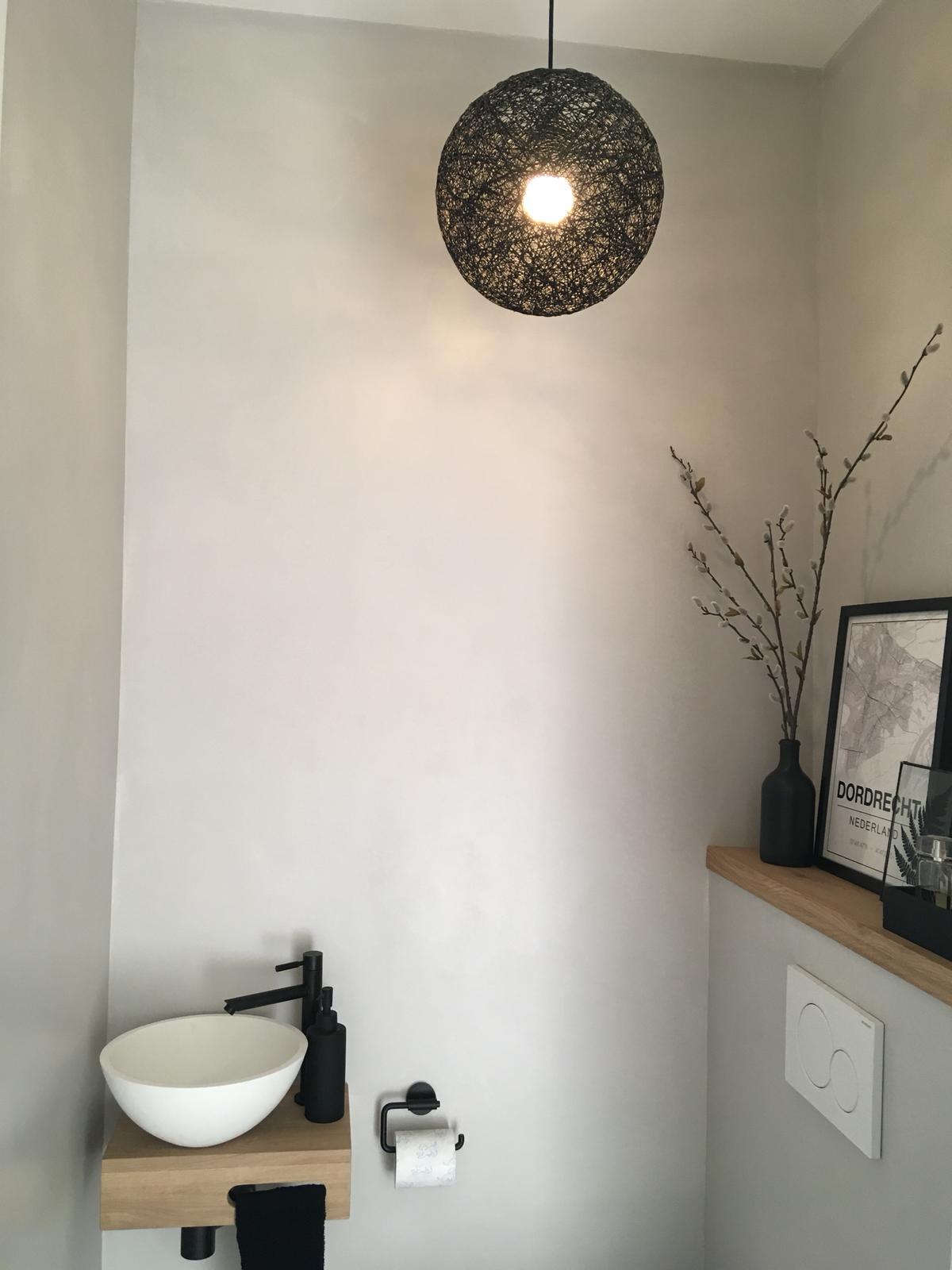 Toilet renovatie beton cire Amstelveen 3